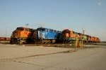 BNSF 5220, CEFX 1016, and BNSF 8615